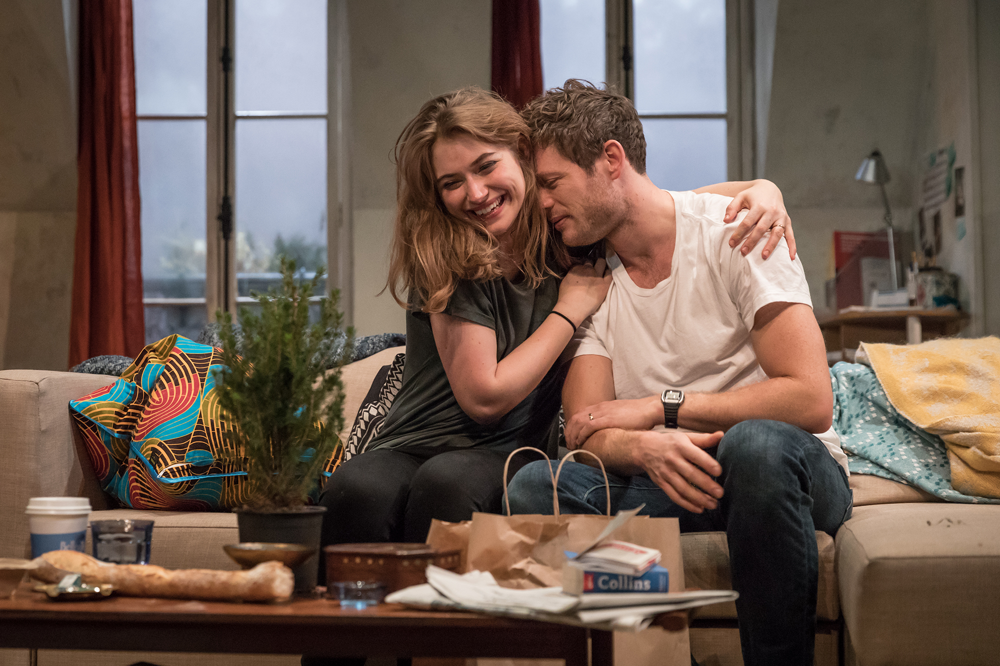 Imogen-Poots-Abby-James-Norton-Zack-in-Belleville-at-the-Donmar-Warehouse-director-Michael-Longhurst-designer-Tom-Scutt.-Photo-by-Marc-Brenner-4